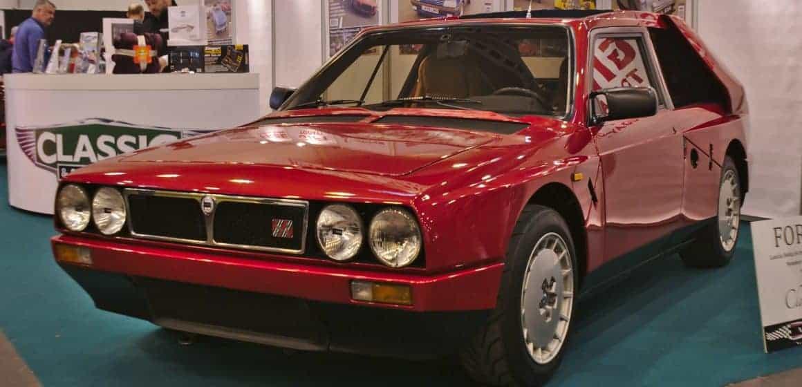 Lancia Delta S4 Stradale do kupienia. Za klasyka trzeba wyłożyć 850 tys. euro