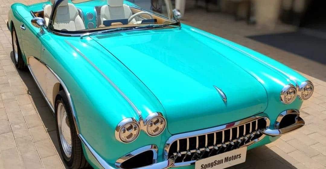 Chińska marka SongSan podrobiła słynną Corvette C1. Co na to Chevrolet?