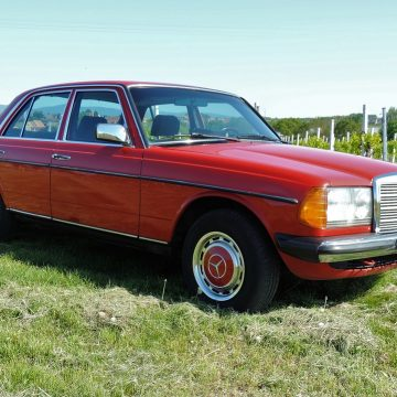 Najpiękniejsze Mercedesy z lat 70. Który najbardziej Ci się podoba?