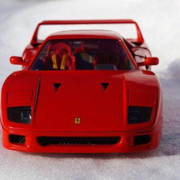 Ferrari z lat 80. – te auta dalej kosztują majątek