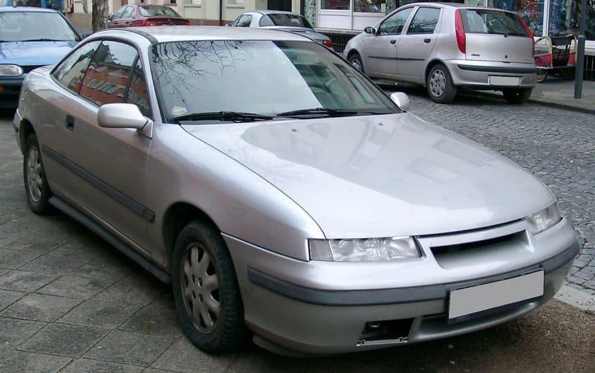 Opel Calibra – klasyk czy symbol kiczu?