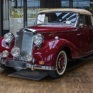 Najstarsze Mercedesy – jakie miały silniki i czym zachwycały