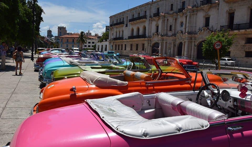 Jak otworzyć własne… muzeum samochodów? Oto co mówią przepisy