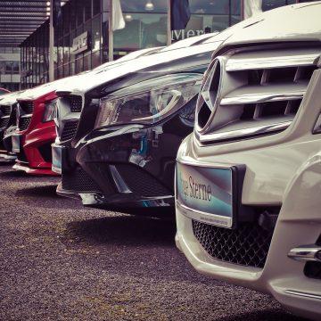Zloty zabytkowych Mercedesów w Polsce – jakie wydarzenia są największe?