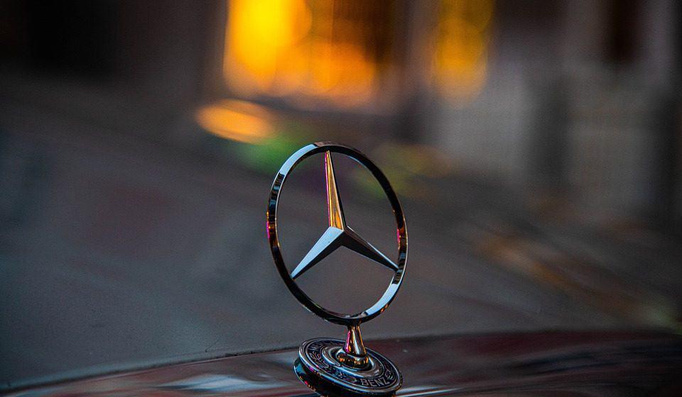 Mercedes W114 – najciekawsze wersje tego klasycznego pojazdu