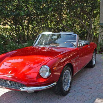 Ferrari Tribute 1000 Miglia oddaje cześć klasykom. Pojawiły się polskie akcenty